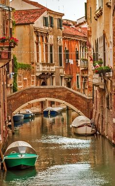 Historic houses of the Grand Canal in Venice | 10 Amazing Places in Italy You Need To Visit