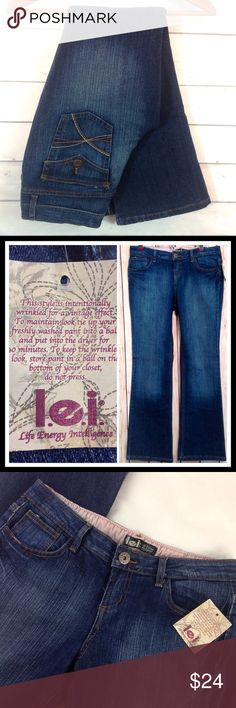 """Lei """"Vintage Effect"""" Dark Bootcut Jeans Size 7 NWT. New with tags! Lei dark denim bootcut """"vintage effect"""" jeans. (see tag) Size 7.  Inseam 28"""".  Waist 30"""". Made of 99% cotton,  1% Spandex.             🔹Please ask all your questions before you purchase! I am happy to help! 🔹Sorry, no trades or holds. 🔹Please, no lowball offers 🔹Please use Offer Button! 💕Happy Poshing! lei Jeans Boot Cut"""