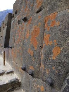 Ollantaytambo like you've never seen it before: 50 images that will make your Jaw DROP – EWAO Ancient Egypt Art, Ancient Ruins, Ancient Artifacts, Ancient History, European History, Ancient Greece, American History, Ancient Buildings, Ancient Architecture