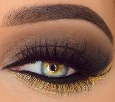 Brown smokey eye with gold shimmer