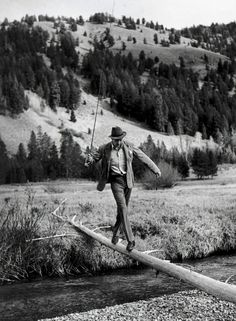 Robert Capa | Gary Cooper in Sun Valley, Idaho | 1941 | Photography -  Still Life | Like I had said before about other artists is that the shoots are so 'real' feeling that you could just jump into the photo.