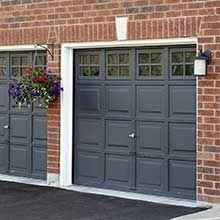 Porte de garage basculante : types, installation, prix - Ooreka