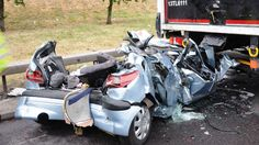 Number of car crashes in Croydon highest in London  Fire-fighters from London Fire Brigade attended 267 road traffic collisions (RTCs) ... increase in the number of accidents on the capital's roads in 2016 with 4,541 ...   #UnitedSolicitors #RoadTrafficAccident
