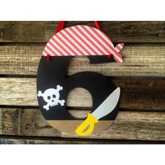 "Gefällt 17 Mal, 4 Kommentare - Maggie Ward (@blue_oak_creations) auf Instagram: ""New pirate party age sign. #etsy #etsyshop #etsyseller #blueoakcreations #papergoods #pirate #kids…"""