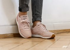 93553804290 ... Reebok Classic Leather  Golden Neutrals  (Sandtrap   Rose Gold   Chalk    Lead ...