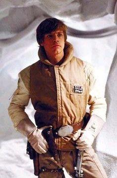 Luke Skywalker (Mark Hamill) - Star Wars: Empire Strikes Back Star Wars I, Film Star Wars, Mark Hamill Luke Skywalker, Star Wars Luke Skywalker, Chewbacca, Star Wars Brasil, Cuadros Star Wars, Star Wars Costumes, Original Trilogy