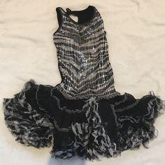 Ooh!La,La! Couture sparkly dress Used a little bit and in excellent condition for your child to enjoy a fancy dress to a fancy place Ooh la la couture Dresses Mini