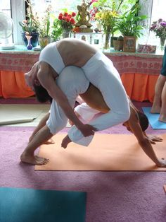 Acro Yoga. repined by http://www.banyantreeyoganh.com