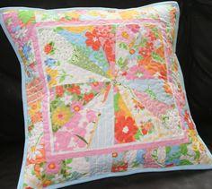 lovely little handmades: simply starburt~ a pillow!