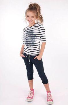 Dress Like Flo, ropa hecha para las niñas Preteen Fashion, Kids Fashion Boy, Little Girl Fashion, School Fashion, Fashion 2020, Fashion Trends, Moda Junior, Outfits Niños, Cute Kids Outfits