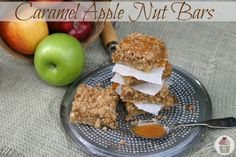 Caramel Apple Nut Bars Recipe :: HoosierHomemade.com- apple spice in my tips board
