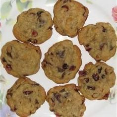 An equal amount of cranberries to chocolate chips equals heaven! These are very high in fiber as well given the oat bran.