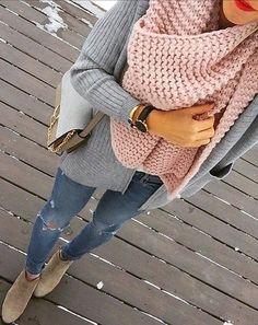 Cozy in grey and blush pink knits