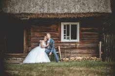 Piękne plenery ślubne - Kruty Wedding Studio Girls Dresses, Flower Girl Dresses, Blond, Film, Wedding Dresses, Flowers, Fashion, Dresses Of Girls, Movie