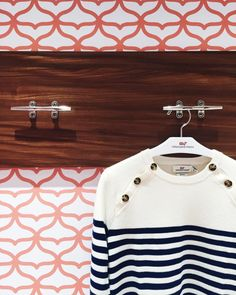 one preppy girl Prep Style, My Style, Classic Style, Stylish Outfits, Fashion Outfits, Prep Fashion, Going To California, Preppy Girl, Neutral Outfit