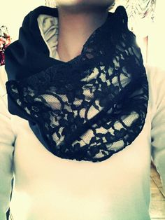 Schal mit spitze                                                       …