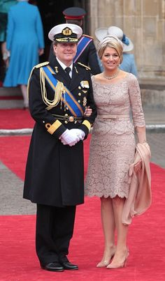 Queen Sofia of Spain, Prince Felipe of Asturias and Princess Letizia of Asturias arrive to attend the royal wedding of Prince William to Kate Middleton at I Dress, Lace Dress, Party Dress, Plus Size Gowns, Royal Clothing, Queen Dress, Estilo Fashion, Mothers Dresses, Queen Maxima