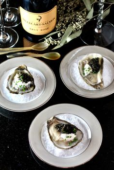Holiday Entertaining: Oysters and Caviar - Taste With The Eyes Caviar Taste, Brunch, Holiday Appetizers, Creme Fraiche, Pasta, Burger, Clean Eating Snacks, I Love Food, Food And Drink