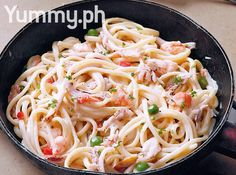 Crab and Shrimp Linguine with White Sauce