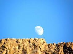 """Una luna impaziente a Tenerife, del turistapercaso """"23novembre""""! #twitpic"""
