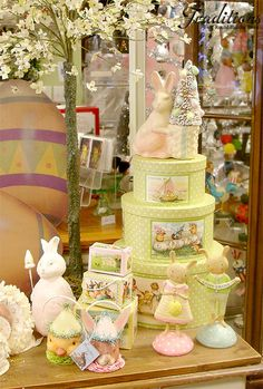 Vintage Easter Decorations & Ornaments