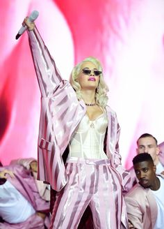 Rita Ora, Oras, Most Beautiful Women, Stage, Diamonds, Queen, Concert, Celebrities, Closet