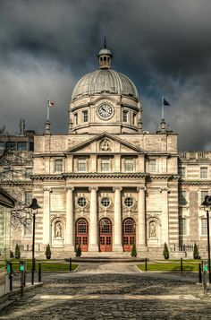 Leinster House, Dublin, Ireland - the seat of the Oireachtas, the national parliament of Ireland. Shared by Motorcycle Fairings - Motocc Dublin Ireland, Ireland Travel, Monuments, Places To Travel, Places To See, Dublin City, Ireland Landscape, Houses Of Parliament, Chula