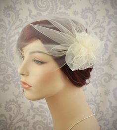 Wedding Veil - Tulle Birdcage Veil with Pouf and Vintage Millinery Stamens, Vintage Style Veil, Flower Veil, 1920s,1930s Bridal Cap