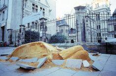 Philipe Leduc - Atelier Lucie Lom Scénographie - Les autofossiles  Festival des Accroches coeurs, Angers (FRANCE) 1999