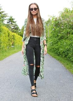 Not sure about the green kimono  But I love this outfit