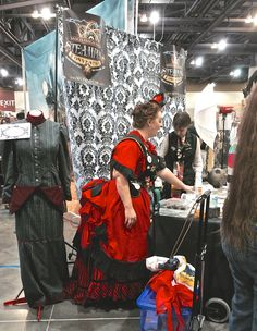 #Steampunk Fanastic Costumes at  #PhoenixComic-Con