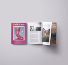 The Earth Issue is a collective of artists and creative professionals working at the intersection of fine art and environmentalism. In common, we share a dedication to raising awareness for the beauty of nature, using art and image culture as a driving force for environmental activism. The collabora