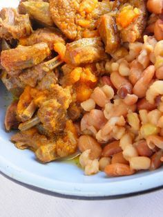 south african mingle - mutton braise w/ samp & beans . A Food, Good Food, South African Recipes, Survival Food, Bean Recipes, Easy Cooking, Food Dishes, Homemade, Meals