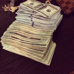 I am a money magnet money flows to me in avalanches by the trillions Mo Money, How To Get Money, Cash Money, Money Girl, Online Cash, Earn Money Online, Online Income, Jackpot Winners, Money Stacks