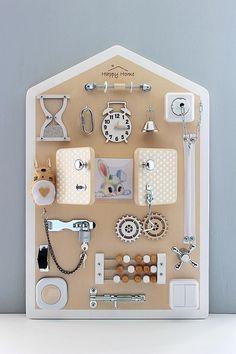 Diy Busy Board, Busy Board Baby, Toddler Busy Board, Baby Sensory, Sensory Toys, Sensory Wall, Montessori Toddler, Montessori Toys, Toddler Gifts