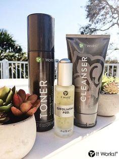 Les 3 produits que toute femme doit avoir dans sa salle de bain. Toner hydrate Exfoliating Peel peau douce, acné et CLEANSER gel pour excès de sebum