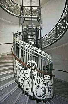Art Nouveau spiral staircase in Vienna, Austria. Designed by Otto Wagner. Art Nouveau Architecture, Beautiful Architecture, Architecture Details, Interior Architecture, Stairs Architecture, Grand Staircase, Staircase Design, Art Deco, Otto Wagner