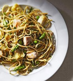 ... about pasta and rice on Pinterest | Linguine, Pasta and Pesto Chicken