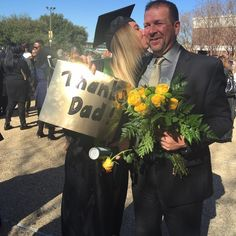This Baylor Bear knows how to celebrate graduation right -- by thanking her parents! #SicEm