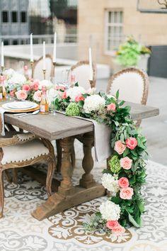 garden rooftop wedding inspiration - photo by Elisabeth Carol Photography http://ruffledblog.com/garden-rooftop-wedding-inspiration