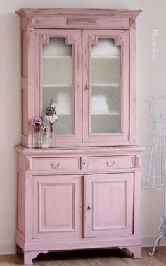 10 Intelligent Tips: Shabby Chic Porch Vintage shabby chic wardrobe posts.Shabby Chic Bedroom On A Budget shabby chic pattern colour. Baños Shabby Chic, Shabby Chic Bedrooms, Shabby Chic Kitchen, Kitchen Decor, Shabby Cottage, Kitchen Colors, Kitchen Design, Bedroom Vintage, Kitchen Ideas