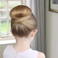Easy Hairstyles Bun Beauty is part of Easy Different Bun Hairstyles For Short Hair Milabu - Cute hairstyle for little girls ⭐️ hair haircut beautiful beauty best hairart hairstyles Sweet Hairstyles, Pretty Hairstyles, Braided Hairstyles, Cute Girls Hairstyles, Hairstyles Videos, Girl Hair Dos, Hair Upstyles, Elegant Wedding Hair, Hair Wedding