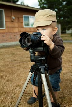 Baby Photographer, Profeesional Or Cute!