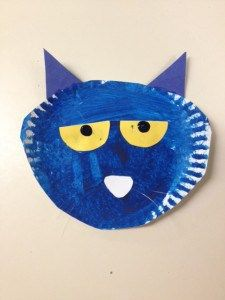 Pete the Cat activities: A paper plate Pete the Cat. I like the ridges on the edges.