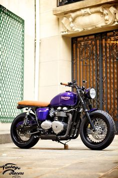 New custom Triumph from Vintage Racers called Bobbemir