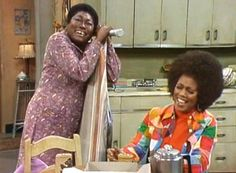 Esther Rolle and Ja'Net Dubois on Good Times. Ja Net Dubois, Good Times Tv Show, Famous Black People, Black Tv Shows, Black King And Queen, Vintage Black Glamour, All In The Family, Online Photo Gallery, Black History Facts