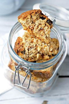 South African Recipes, Muesli, Oatmeal, Rolls, Cooking Recipes, Breakfast, Buttermilk Rusks, Food, Breads