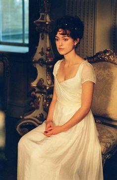 Elizabeth Bennet's white empire waist dress in Pride and Prejudice