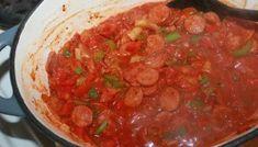 Deilig pølsepanne – til glede for store og små | Spiselise Chana Masala, Thai Red Curry, Salsa, Mexican, Ethnic Recipes, Food, Salsa Music, Meals, Yemek