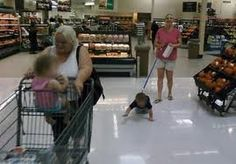 Take Your Pet to Walmart Day - Mom Walks Kid on Leash Like Dog -can you see abuse here? Embarrassing - Funny Pictures at Walmart Meanwhile In Walmart, Funny Walmart People, Walmart Shoppers, Only At Walmart, Walmart Stuff, Walmart Humor, Walmart Pictures, Crazy Funny Pictures, Funny People Pictures